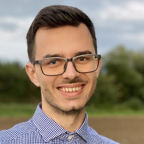 Lukas Sismis-speaker at SuriCon 2021